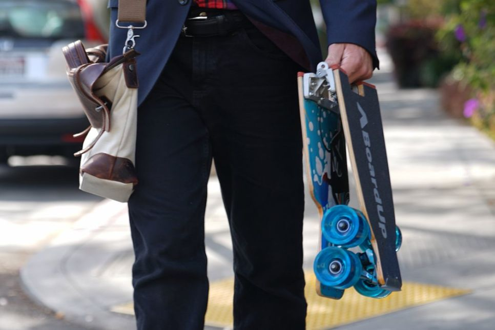 The World's First Self-Folding Longboard that Eases Up Your Travelling Burden