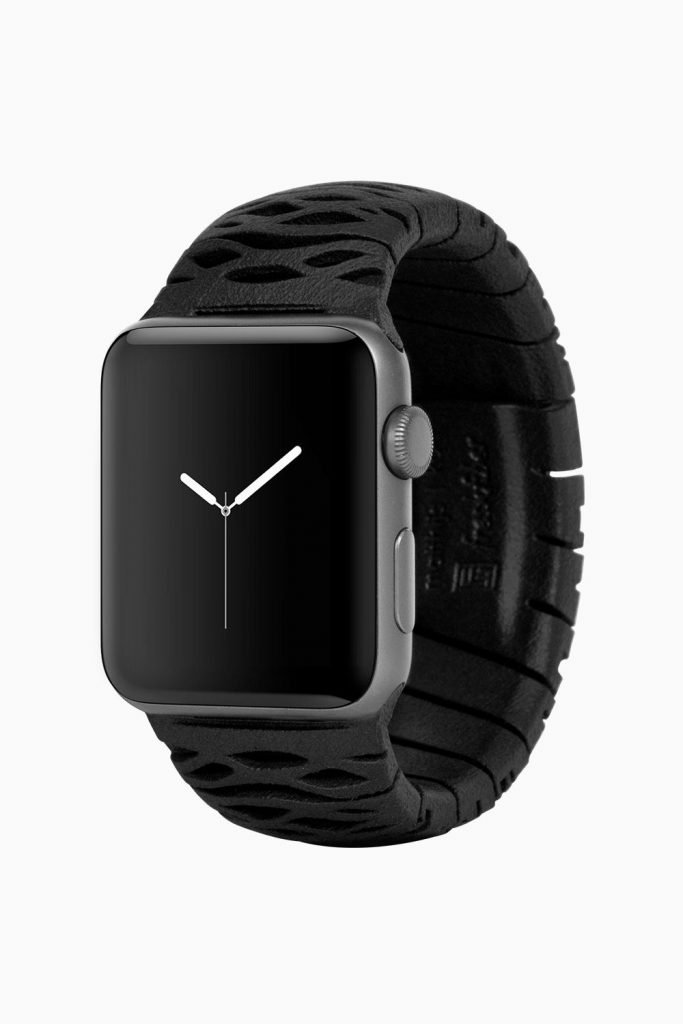 These 3d Printed Apple Watch Bands FeeThese 3d Printed Apple Watch Bands Feels Sculptural Yet Elegant In Handls Sculptural Yet Elegant In Hand